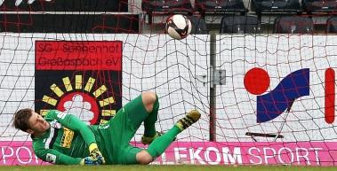 Elfmeter entscheidet Spiel in Großaspach
