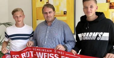 Patrick Hädrich und Til Linus Schwarz bleiben beim FC Rot-Weiß Erfurt