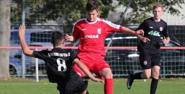 U19 und U17 zu Gast beim Halleschen FC