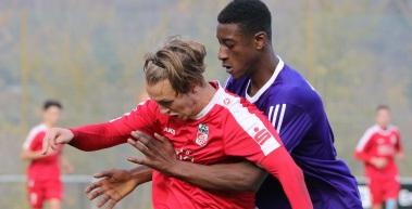 U19 holt Punkt, U17 mit Sieg