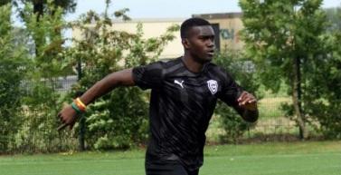 Salomon Patrick Amougou Nkoa verstärkt den FC Rot-Weiß Erfurt