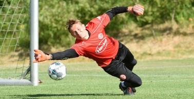 Rot-Weiß Erfurt verpflichtet neuen Keeper